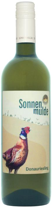 A bottle of Donauriesling